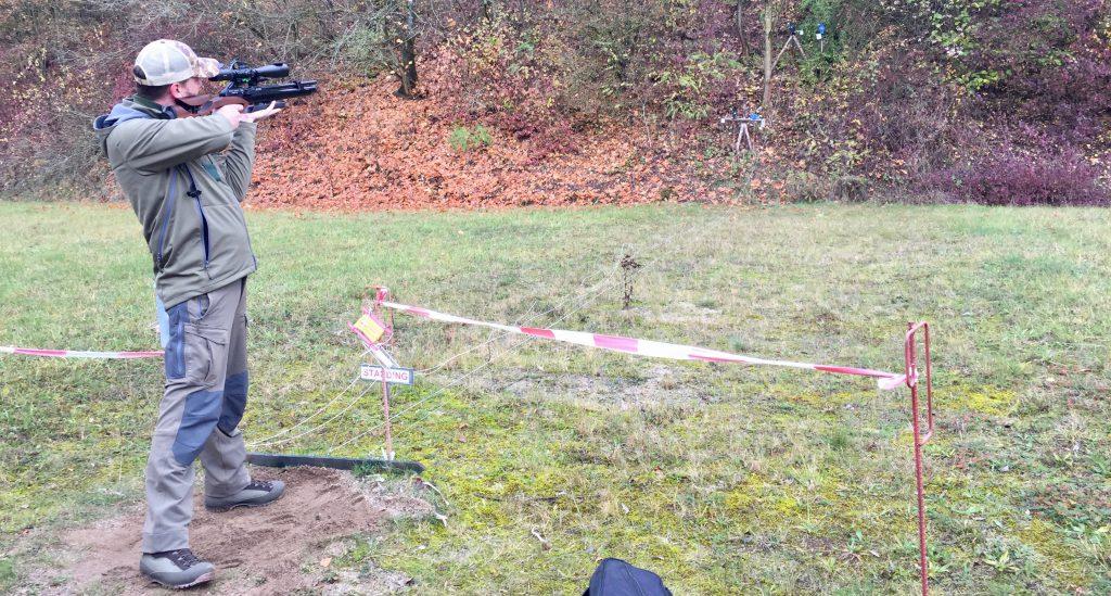 Field Target AirGhandi im Anschlag mit Steyr LG110 HFT Hunting