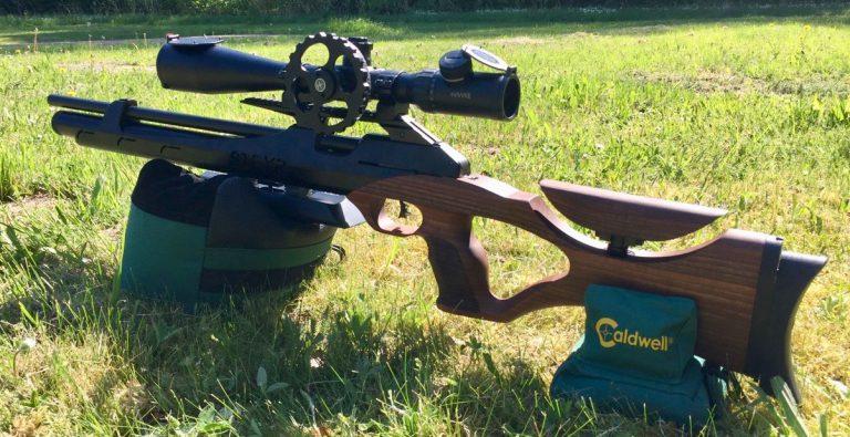 Steyr LG110 HFt Hunting mit Hawke 8-32x50 SF Zielfernrohr und seitlichem Parallaxenrad