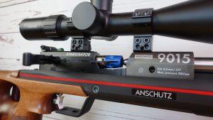Anschütz 9015 Hunting Nahaufnahme geöffneter Ladehebel