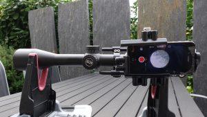 Aztec Optics Emerald 5,5-25x50 Zielfernrohr SFP mit montiertem SideShot