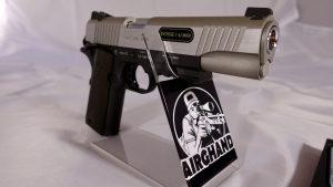 Colt 1911 Railgun rechte seite vorne nahaufnahme