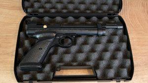 Crosman 2240 CO2 Pistole im Koffer