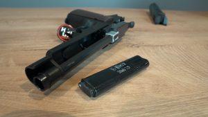 Cyma CM.123 AEP Airsoft Pistole offen von oben
