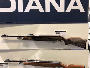 Diana 54 AirKing Luftgewehr mit Schichtholzschaft auf der IWA 2019