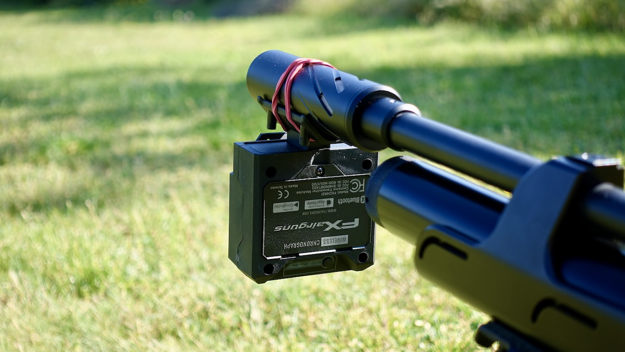 Huggett Belita und FX Pocket Chronograph auf Steyr LG110 HFT Hunting