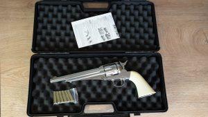 Remington Modell 1875 im Koffer